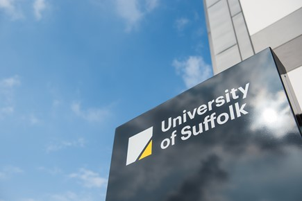 University of Suffolk-neaco Report: Enhancing BTEC students' transition to HE